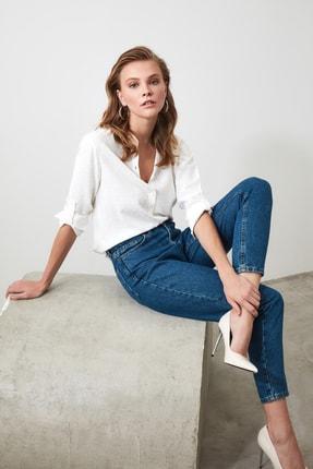 TRENDYOLMİLLA Beyaz Basic Gömlek TWOSS20GO0241