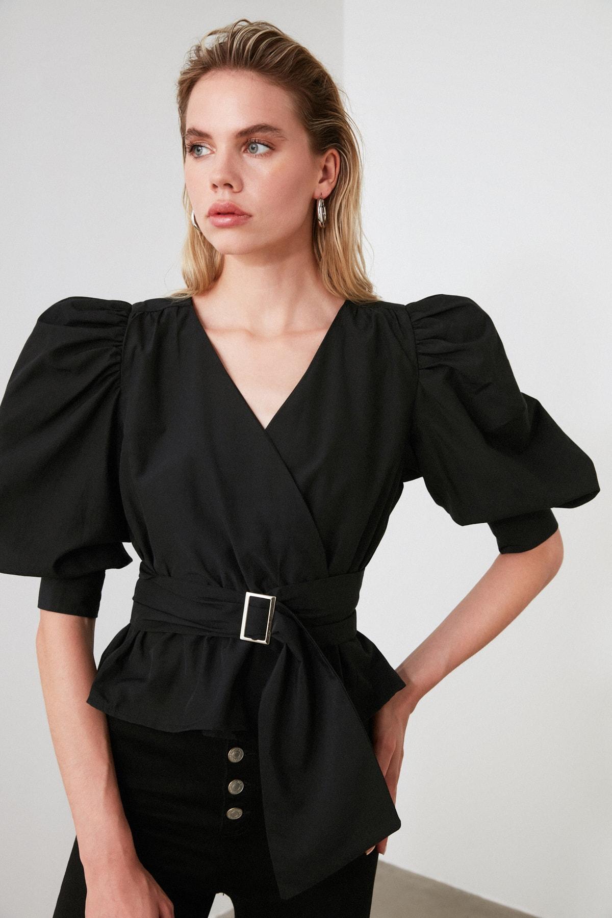 TRENDYOLMİLLA Siyah Bağlama Detaylı Balon Kol Bluz TWOAW20BZ0923 1