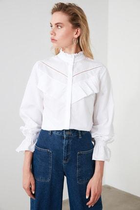 TRENDYOLMİLLA Beyaz Yaka Detaylı Gömlek TWOSS20GO0421