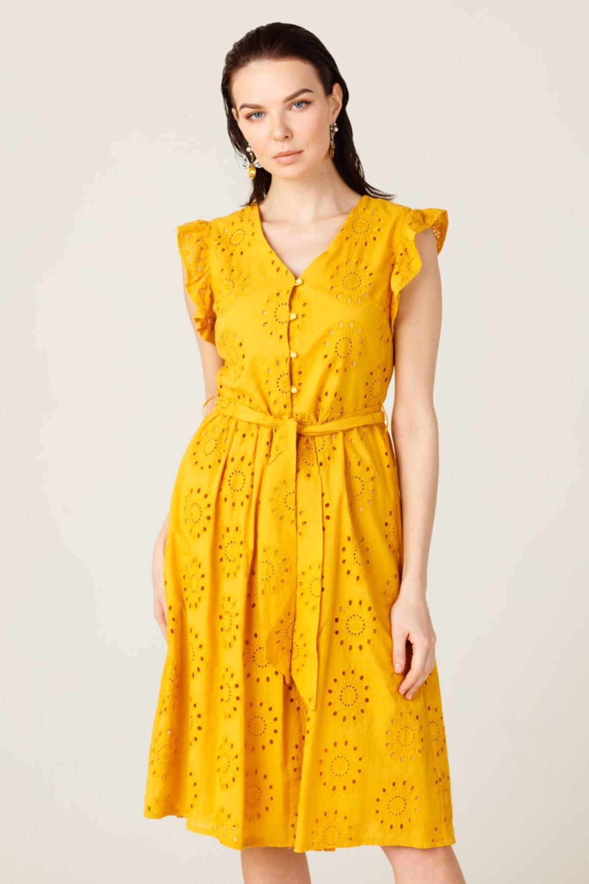 ON Omzu Fırfırlı Düğmeli Elbise 2