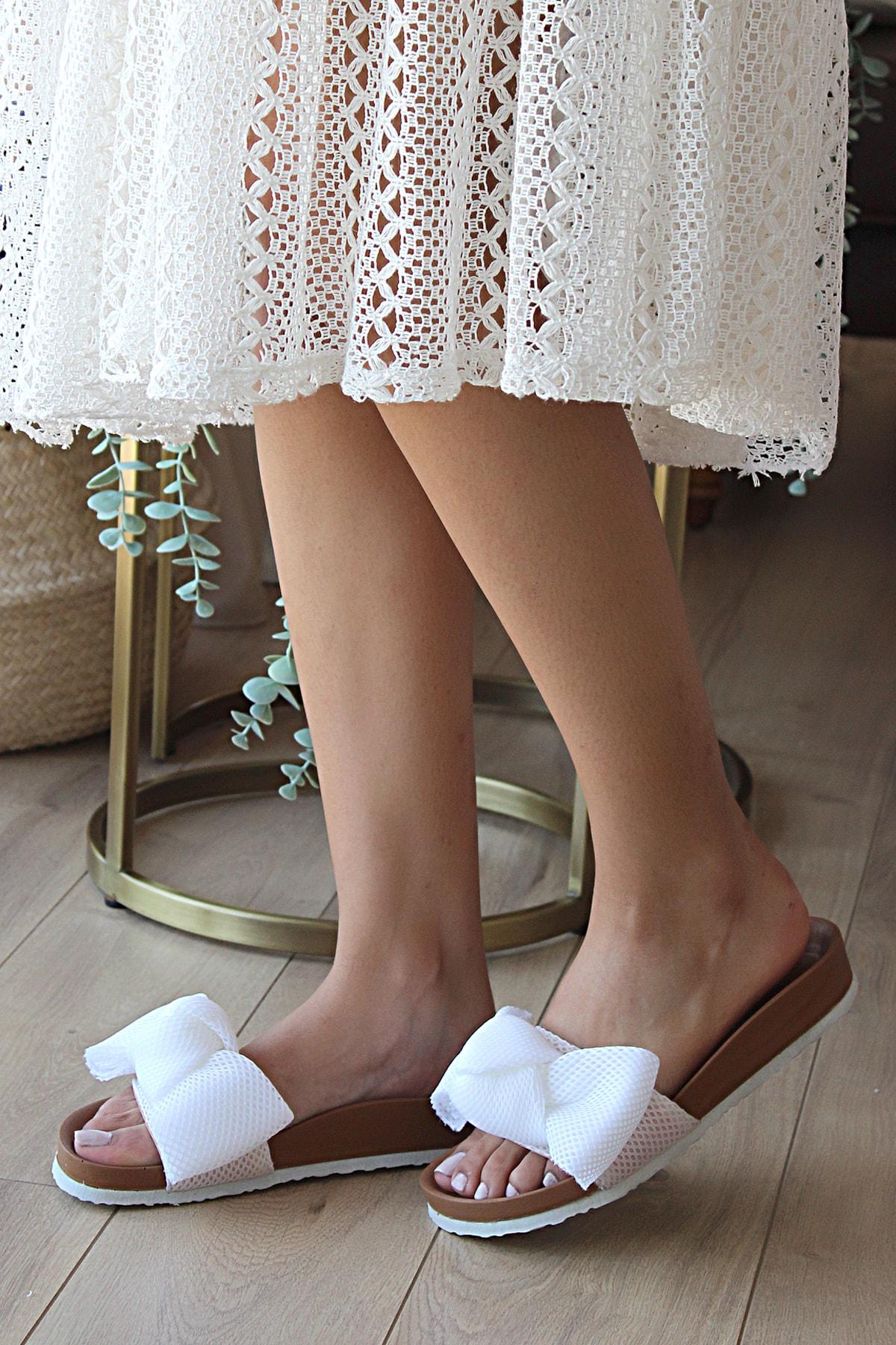 Pembe Potin Kadın Beyaz Sandalet 1