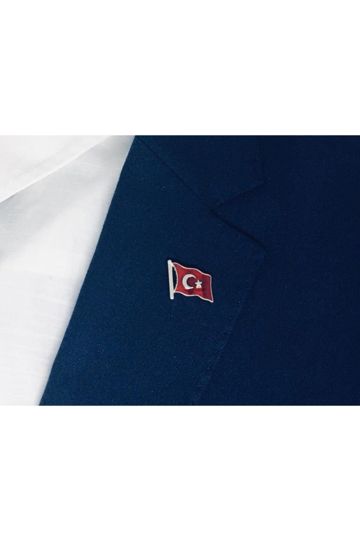 Merit Collection Dalgalı Türk Bayrağı Yaka Rozeti Özel Kadife Kutusunda 2