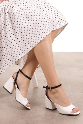 Mio Gusto Debra Beyaz Topuklu Ayakkabı