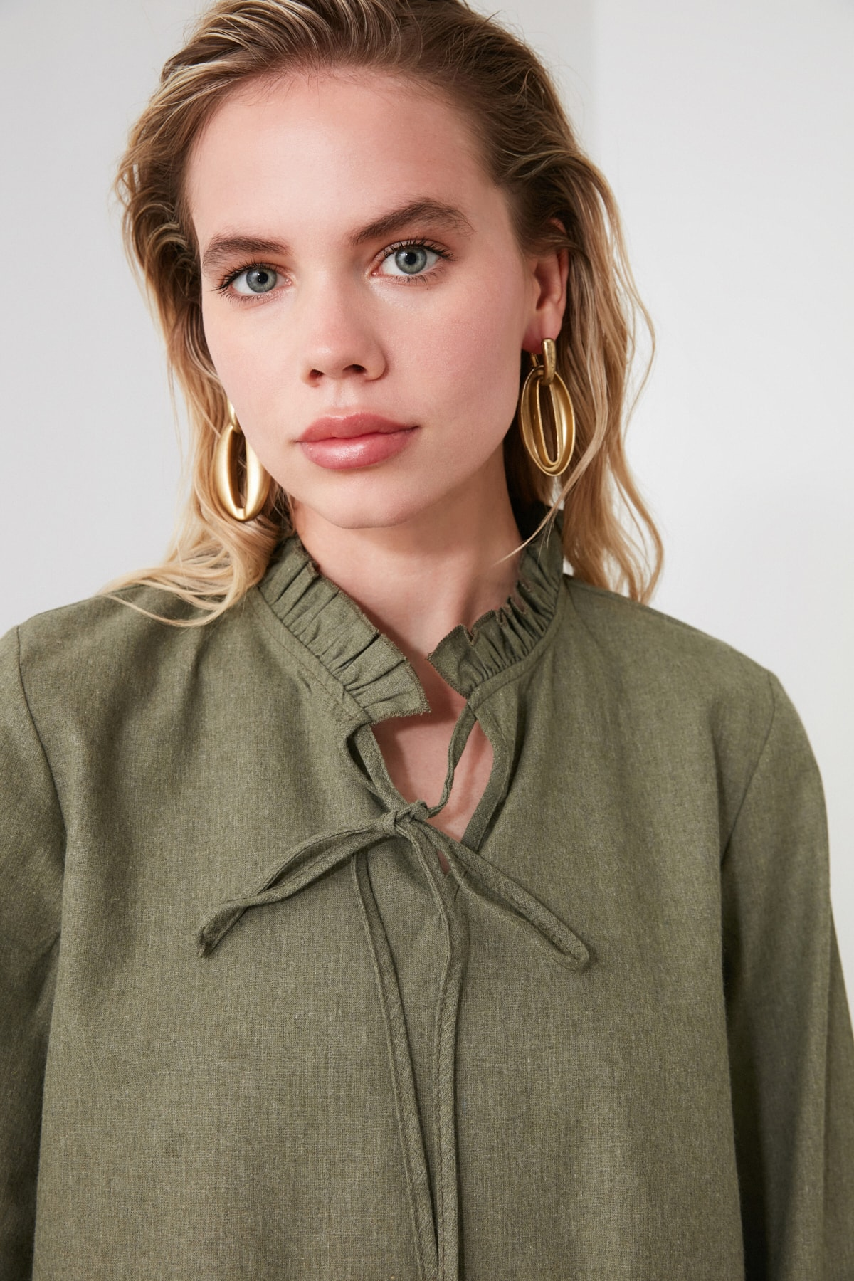 TRENDYOLMİLLA Haki Geniş Kesim Fırfırlı Elbise TWOAW20EL1506 2