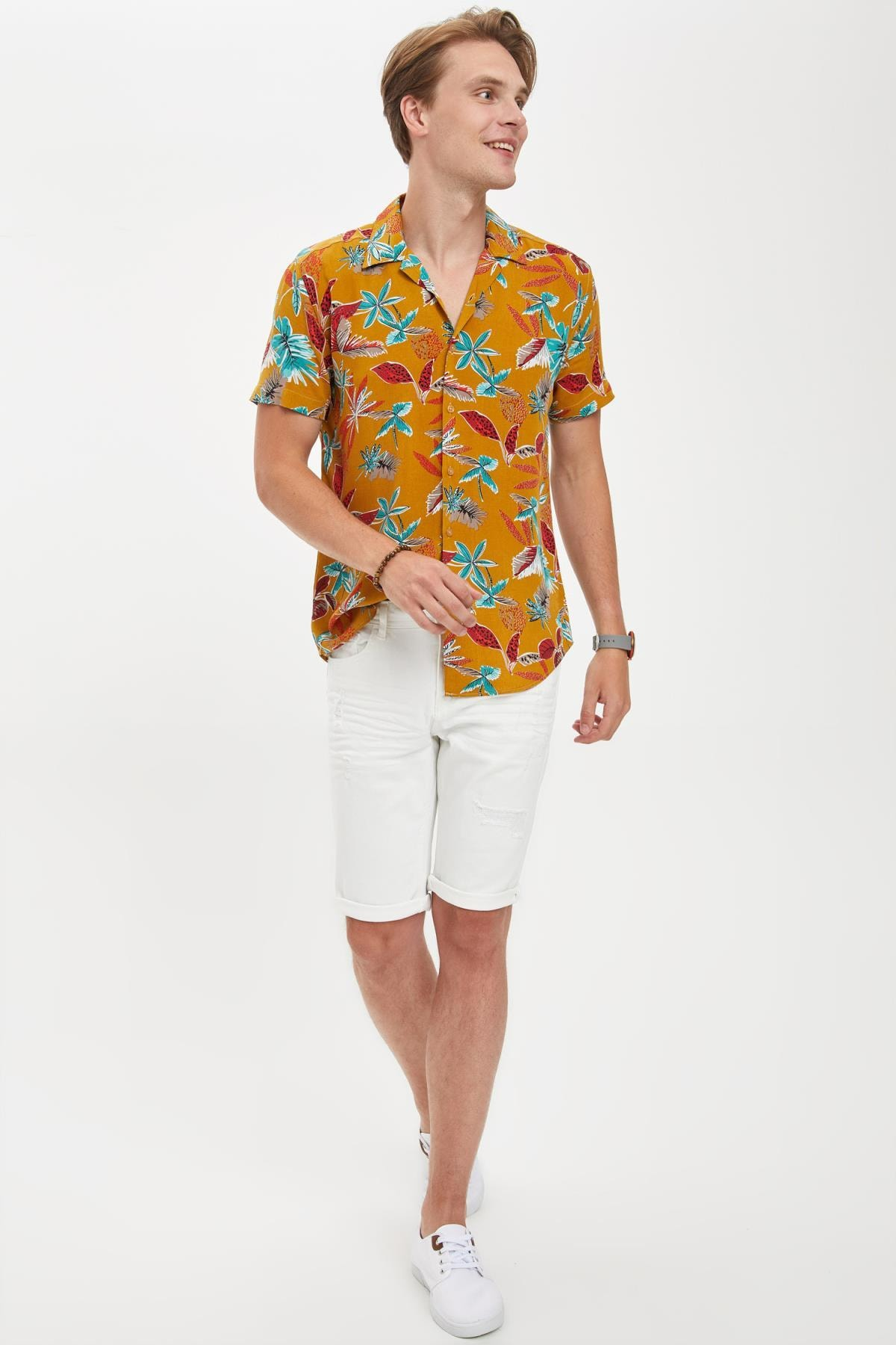 DeFacto Erkek Beyaz Slim Fit Bermuda Jean Şort N6806AZ20HS