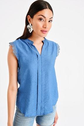 By Saygı Kadın Patlı Kolu Dantel Ayrobin Bluz S-20Y1030003