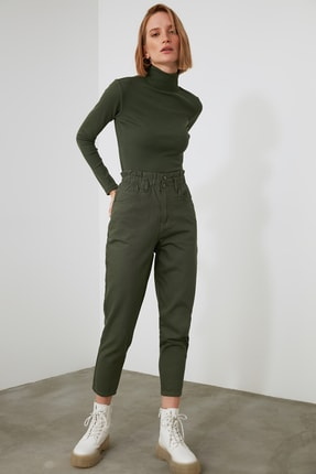 TRENDYOLMİLLA Haki Beli Lastikli Yüksek Bel Mom Jeans TWOAW21JE0630