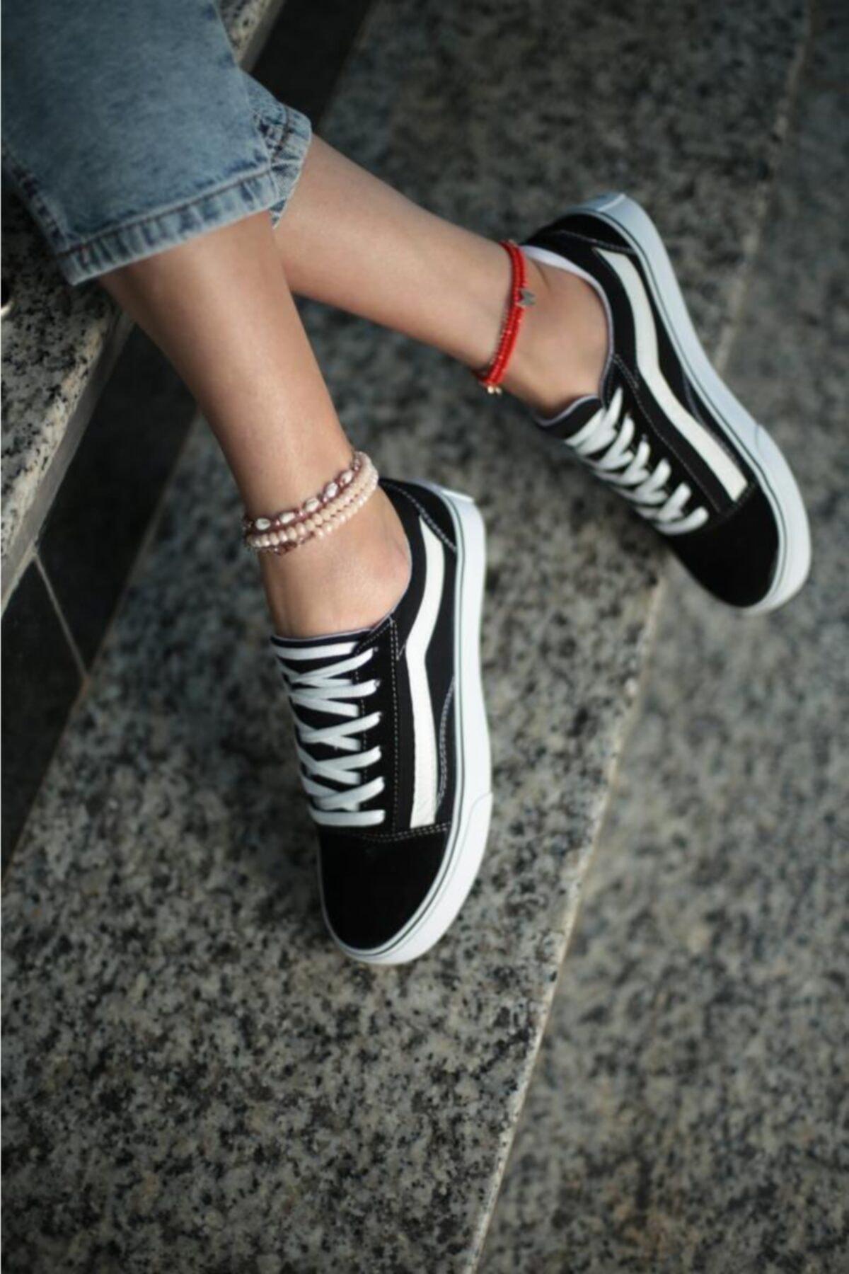 ESPARDİLE Kadın Siyah Beyaz Günlük Spor Ayakkabı 1