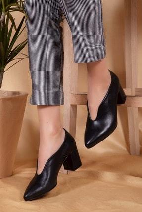 Gondol Hakiki Deri Klasik Topuklu Tarz Ayakkabı Şhn.227 - Siyah - 38