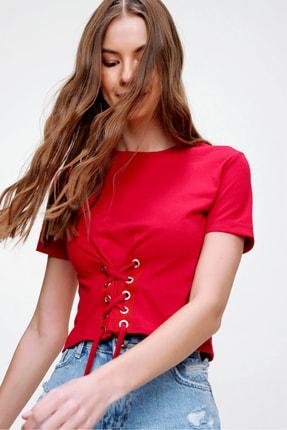 Trend Alaçatı Stili Kadın Kırmızı Bisiklet Yaka Bağcıklı Crop T-Shirt ALC-X5976