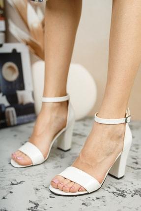 MUGGO Beyaz Kadın Klasik Topuklu Ayakkabı DPRGZHWY710