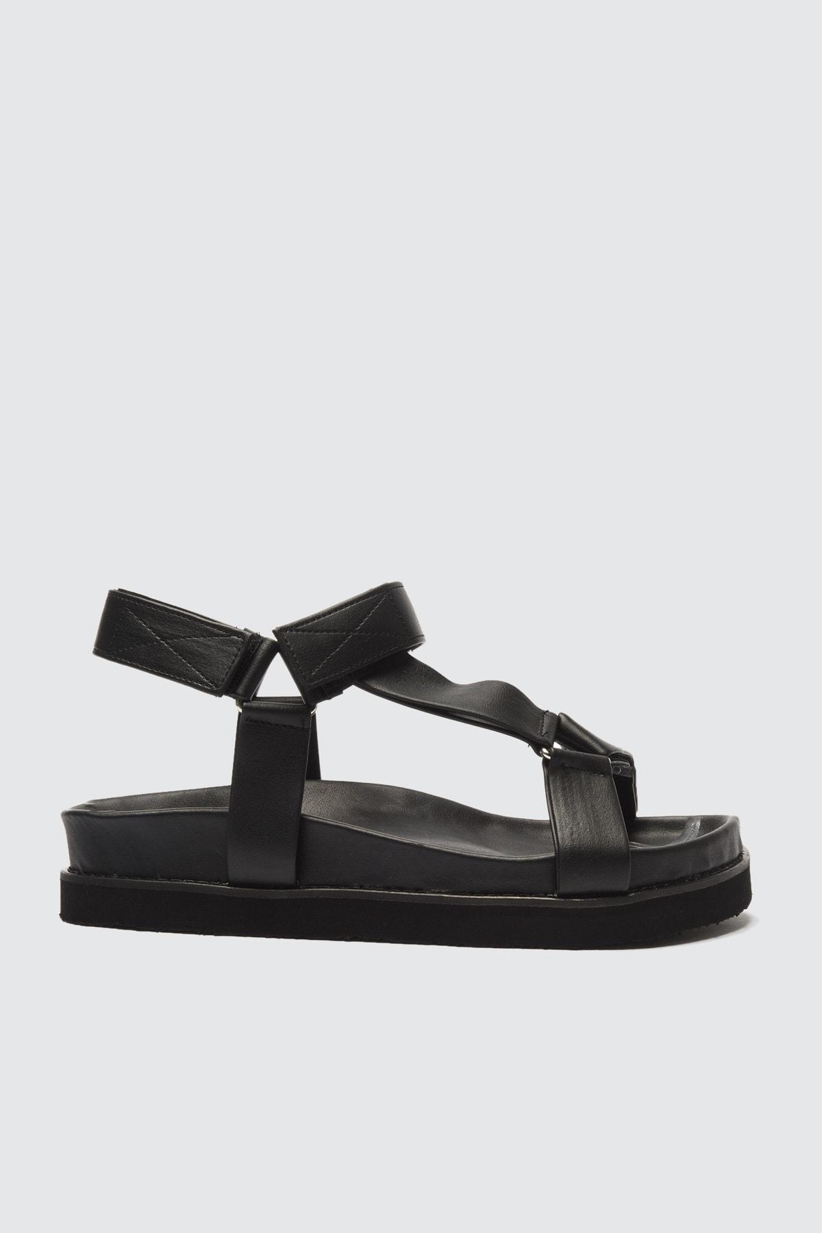 TRENDYOLMİLLA Siyah Kadın Sandalet TAKSS21SD0019 2