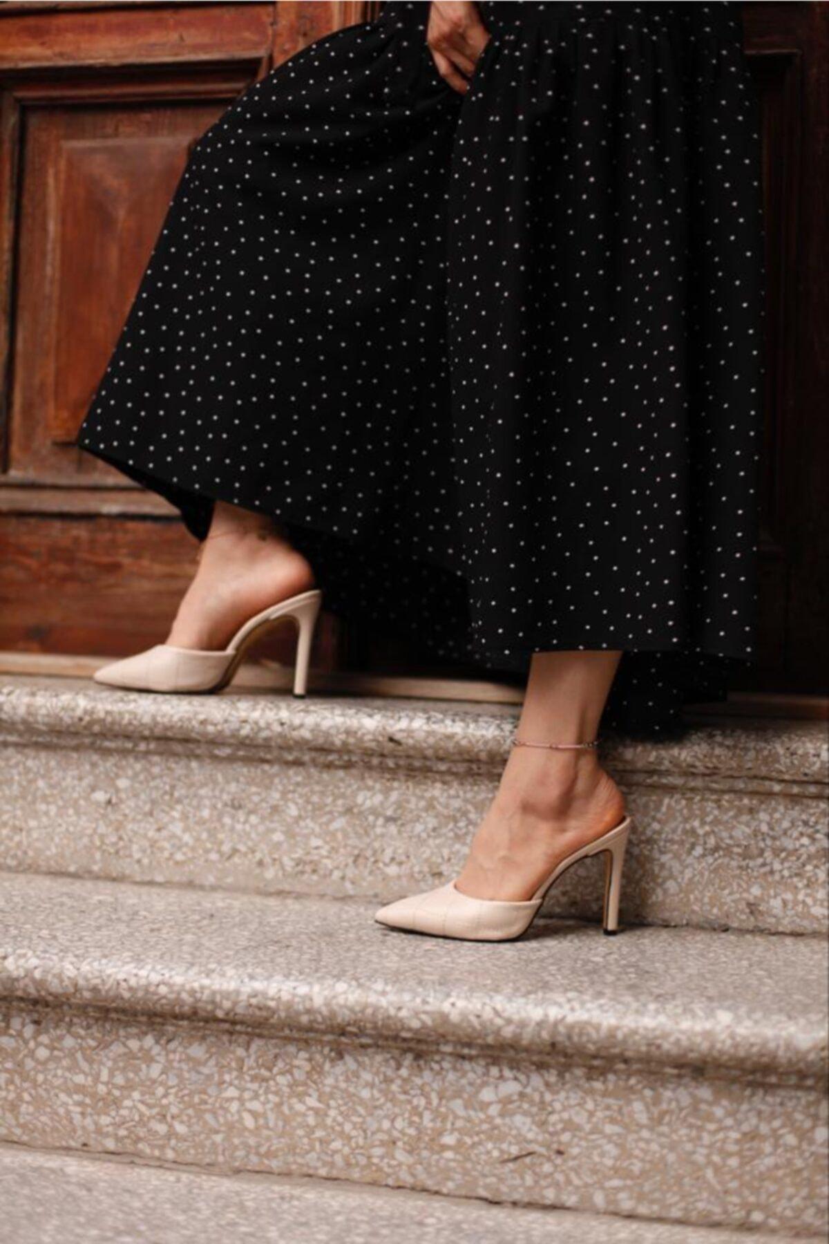 Malina Ayakkabı Çanta Kadın Krem Sivri Burun Topuklu Terlik 2