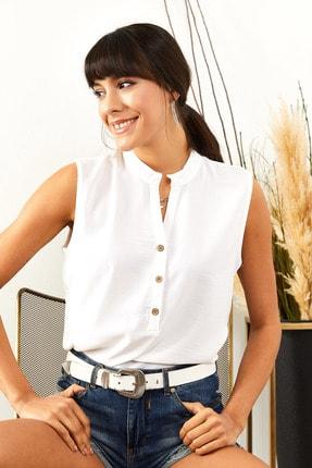 Olalook Kadın Beyaz 3 Düğmeli Dökümlü Bluz BLZ-19001395