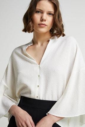 Network Kadın Basic Fit Beyaz Jakarlı Gömlek 1079504