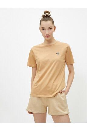 Koton Kadın Kahverengi Bisiklet Yaka Pamuklu T-Shirt