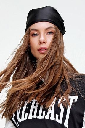 Trend Alaçatı Stili Kadın Siyah Saten Fular ALC-A2181