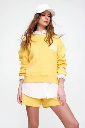 Trend Alaçatı Stili Kadın Sarı Bisiklet Yaka Baskılı Sweatshırt ALC-X6024