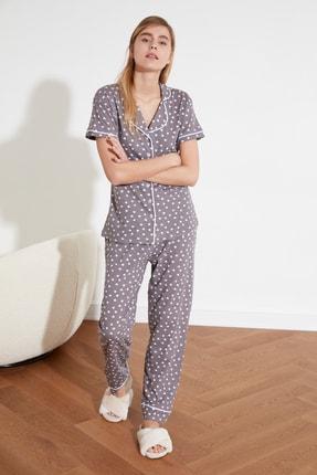 TRENDYOLMİLLA Gri Baskılı Örme Pijama Takımı THMSS21PT0877