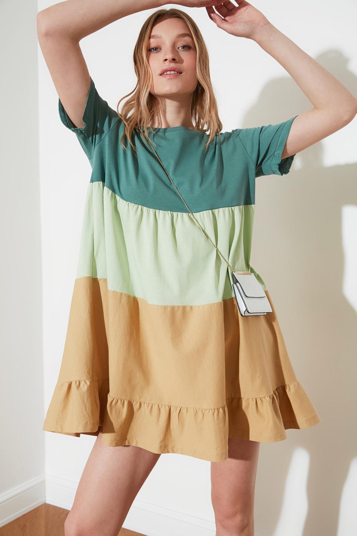 TRENDYOLMİLLA Yeşil Büzgü Detaylı Elbise TWOSS20EL1638 1
