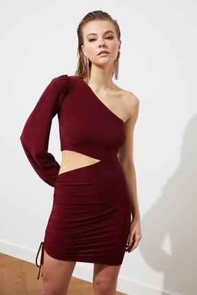 TRENDYOLMİLLA Bordo Kol Detaylı Elbise TPRSS21EL0179