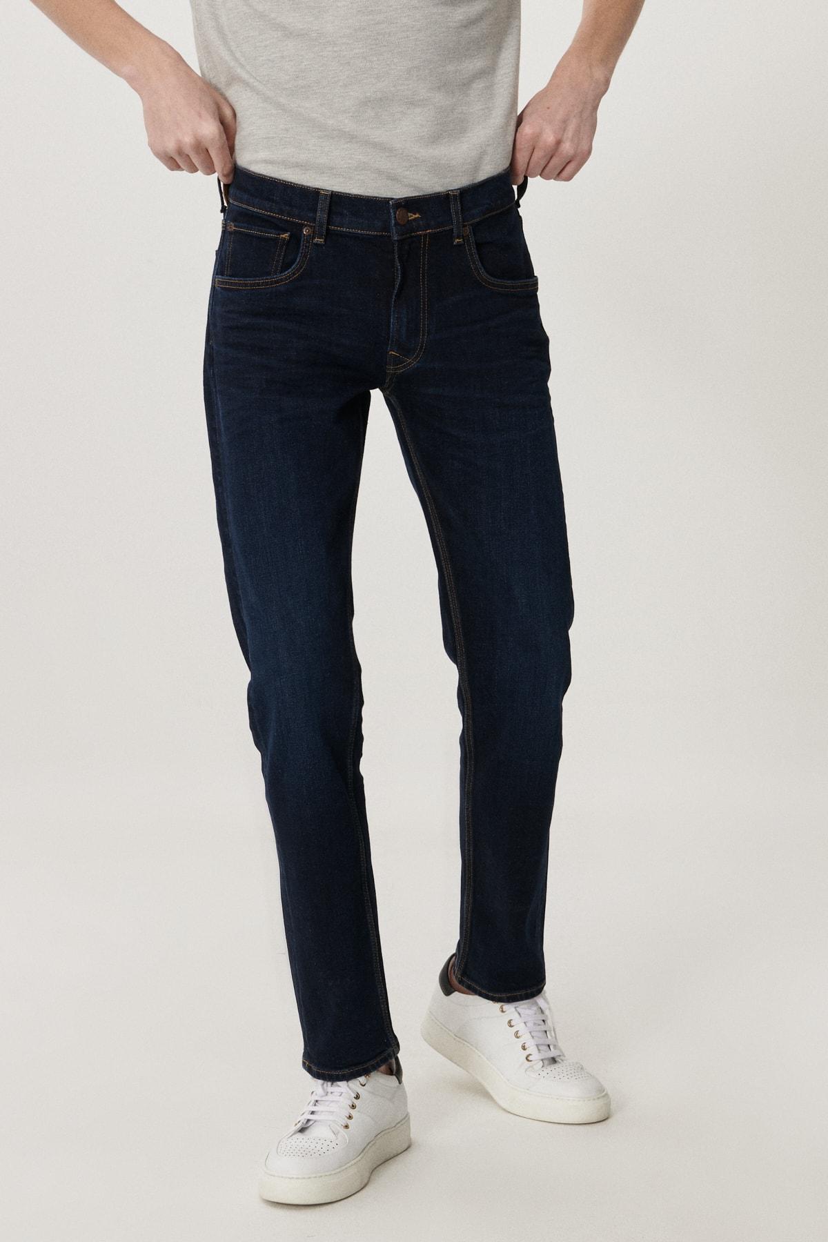 Lee Daren Erkek Koyu Mavi Straight Fit Normal Bel Düz Paça Esnek Jean Pantolon