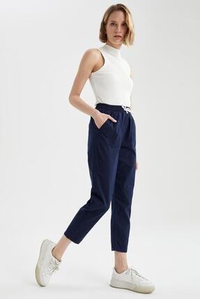 DeFacto Kadın Beli Bağcıklı Relax Fit Jogger Pantolon