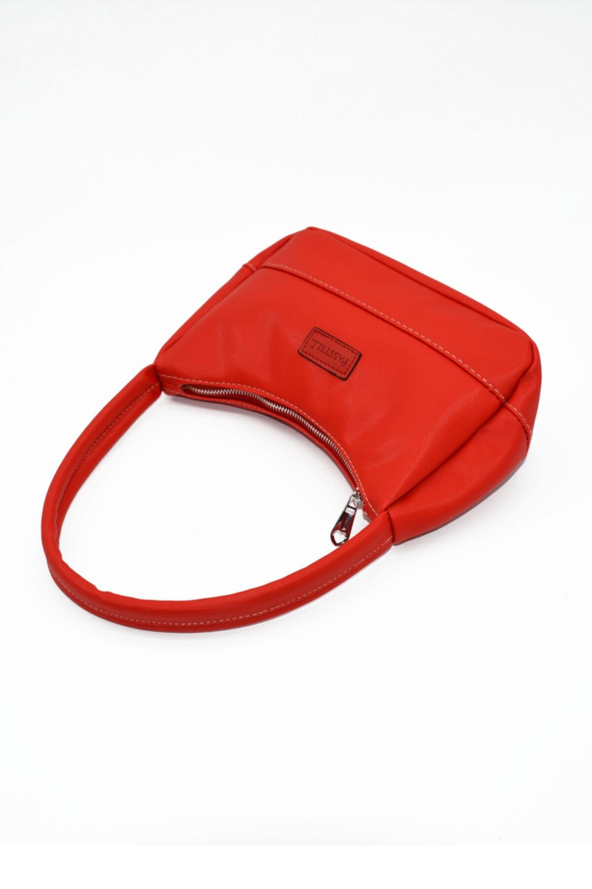 PASSTELL Bayan  Kırmızı  Saten Baget Çanta 1