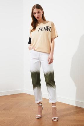 TRENDYOLMİLLA Beyaz Siyah Yıkama Efektli Straight Jeans TWOSS21JE0149