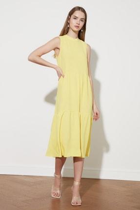 TRENDYOLMİLLA Sarı Geniş Kesim Elbise TWOSS20EL1864
