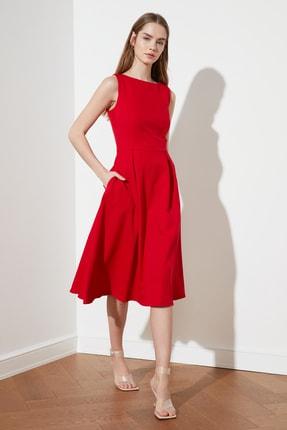 TRENDYOLMİLLA Kırmızı Pileli Elbise TWOSS20EL0980