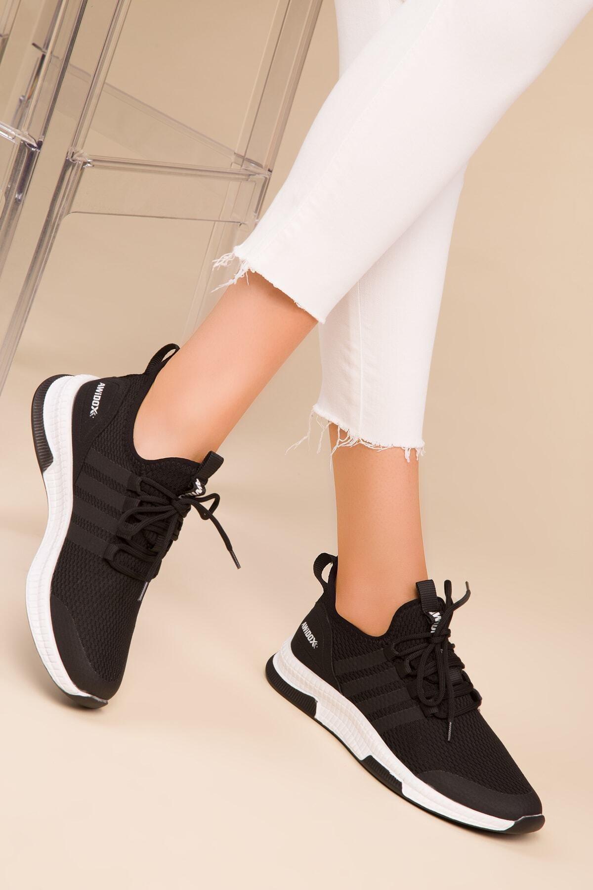 SOHO Siyah Kadın Sneaker 15195 1