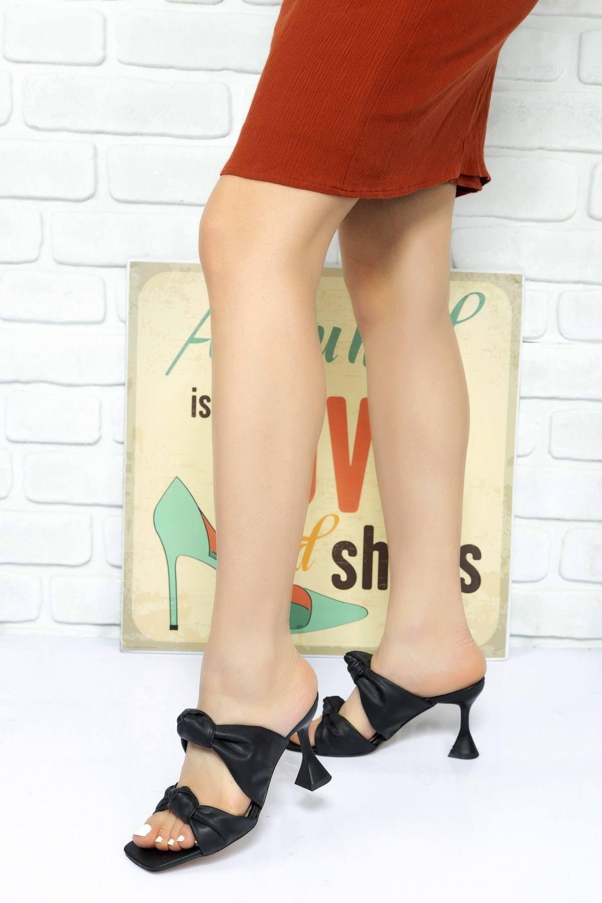 Lara Ayakkabı Kadın Siyah Düğüm Bantlı Topuklu Terlik 2