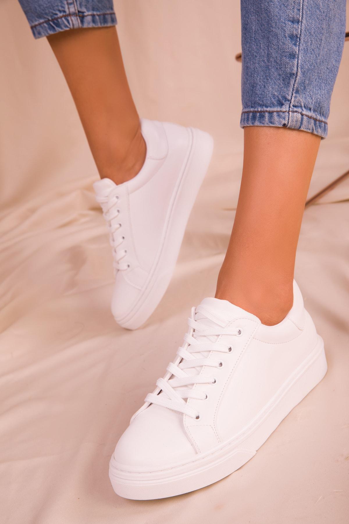 SOHO Beyaz Kadın Sneaker 14395 1