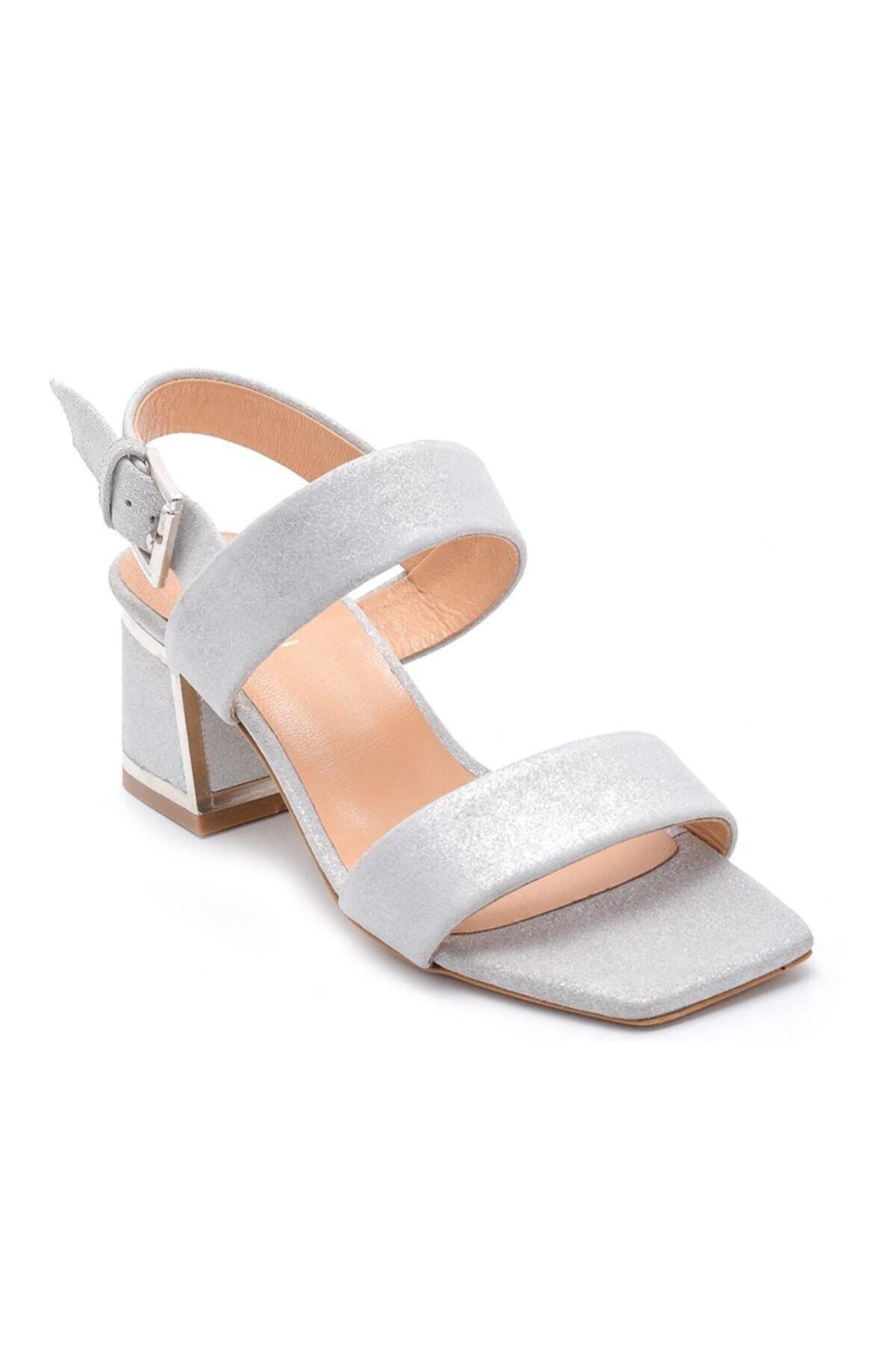Sofia Baldi Kadın Gümüş Süet Toka Topuklu Sandalet 2