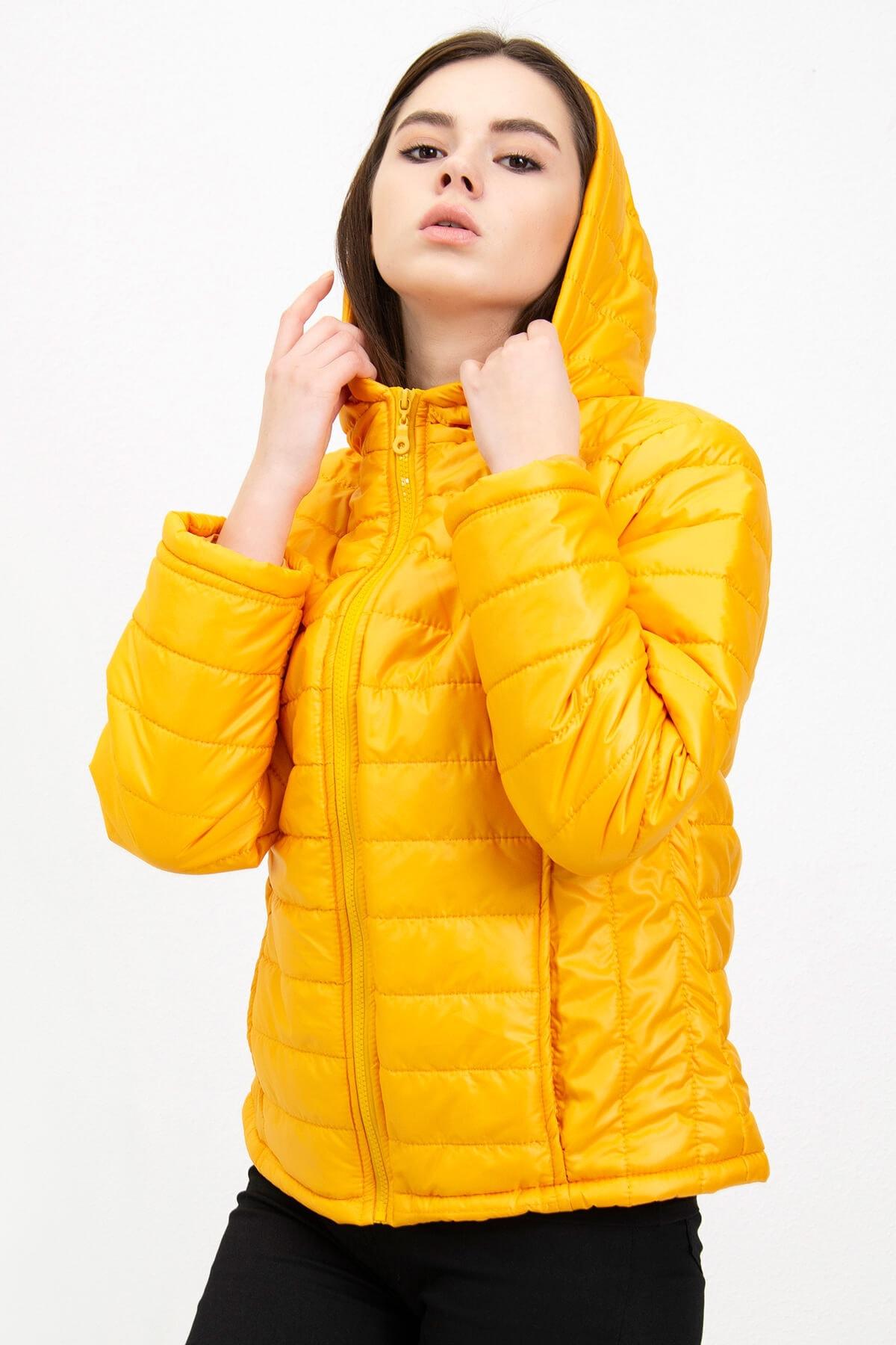 Mossta Kadın Sarı Kapüşonlu Şişme Mont 1