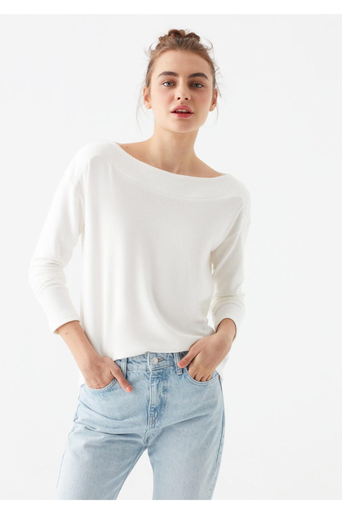 Mavi Kadın Yumuşak Dokulu Uzun Kollu Beyaz Tişört 1600573-33389 2