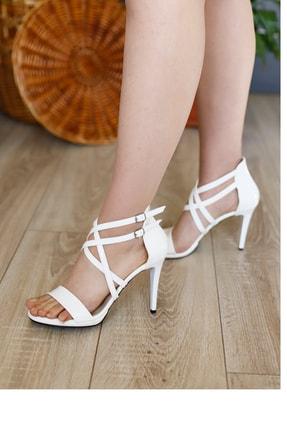 PUNTO Kadın Çapraz Bantlı Yüksek Topuklu Ayakkabı