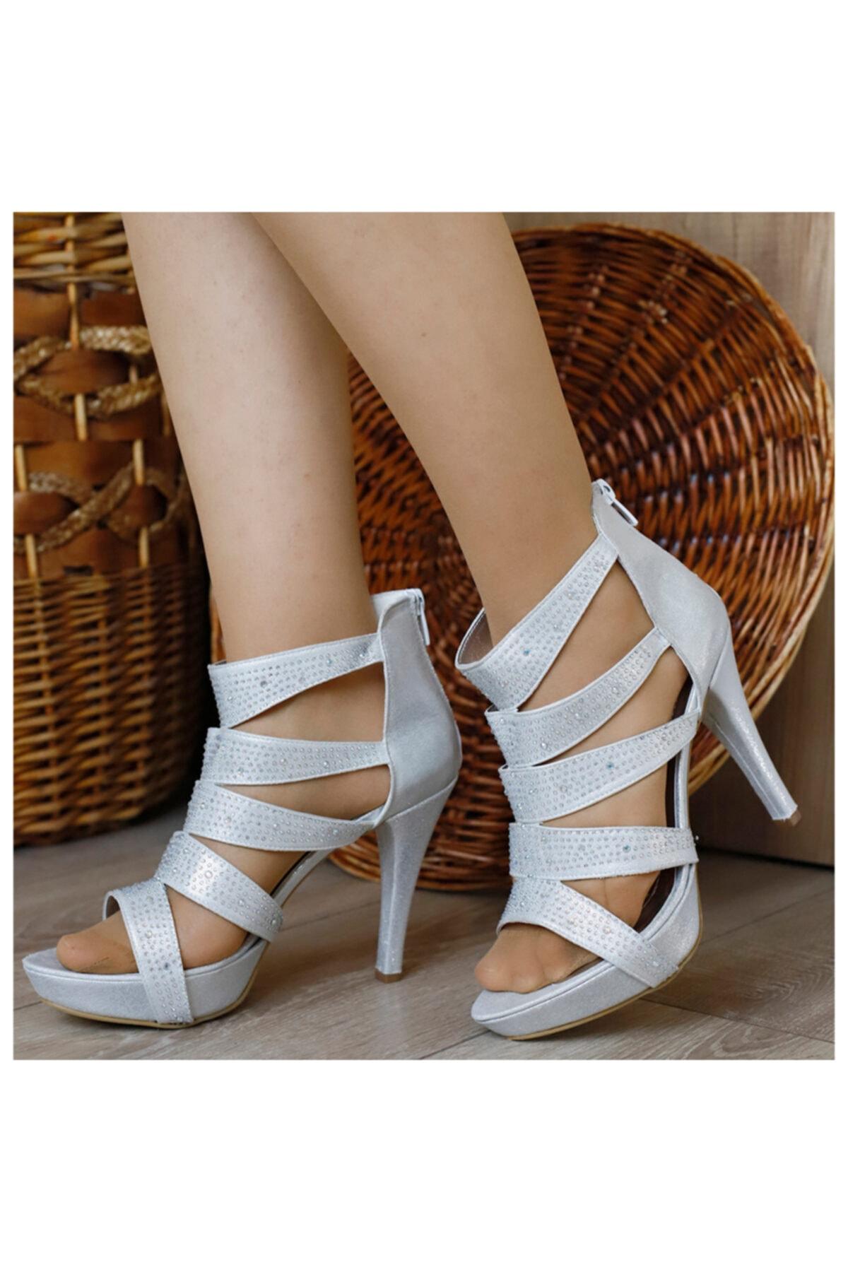 PUNTO Kadın Gümüş Açık Topuklu Ayakkabı 1
