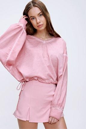 Trend Alaçatı Stili Kadın Pudra Ön Arka V Yaka Beli Bağcıklı Yıkamalı Sweatshirt MDA-1145