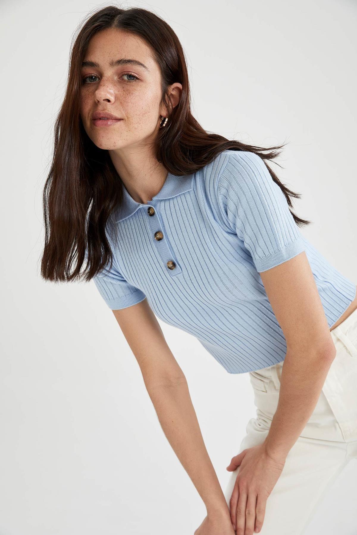 DeFacto Kadın Mavi Slim Fit Düğme Detaylı Triko Kazak