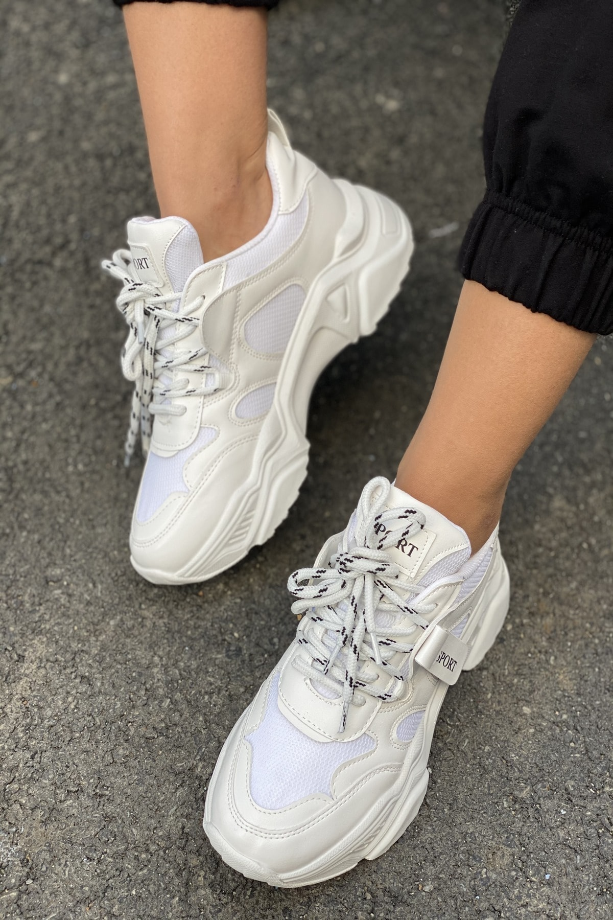 İnan Ayakkabı Kadın Beyaz Bağcıklı Sneaker 1