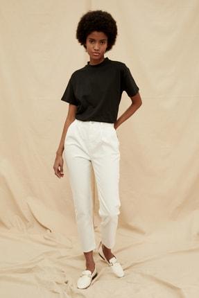 TRENDYOLMİLLA Beyaz Pileli Yüksek Bel %100 Organik Pamuk Mom Jeans TWOSS21JE0299