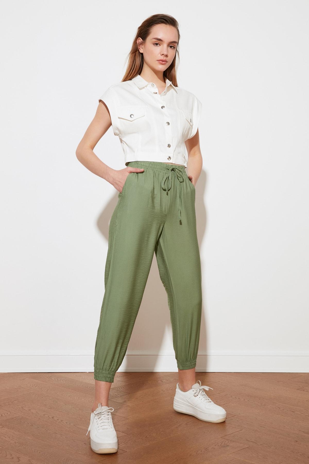 TRENDYOLMİLLA Yeşil Jogger Pantolon TWOSS20PL0129 2