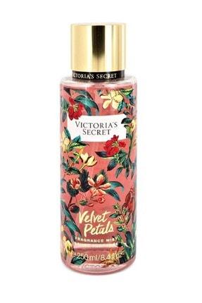 Victoria's Secret Velvet Petals Body Mist 250ml Vücut Spreyi 667544650025