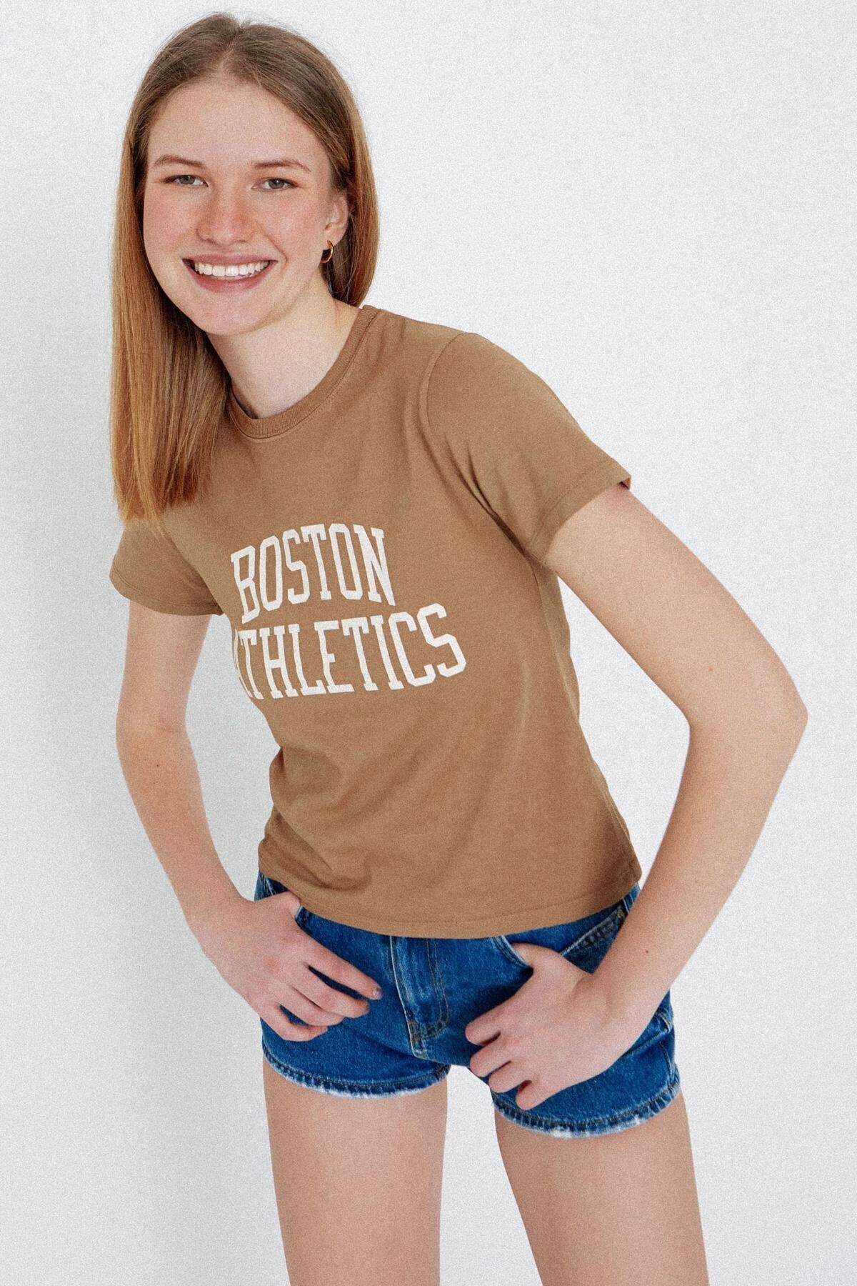 Addax Kadın Camel Yazı Baskılı T-shirt P1106 - L8 ADX-0000023653