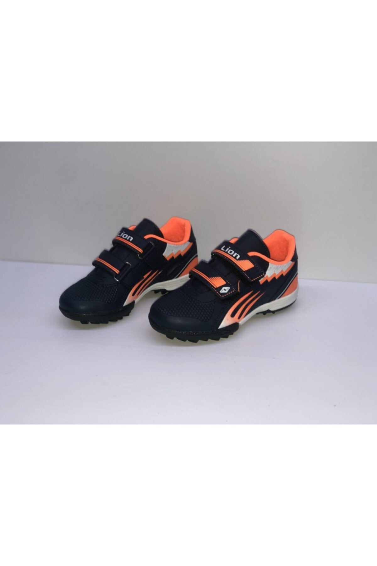 Lion Çocuk Top Ayakkabısı Halısaha Spor 1