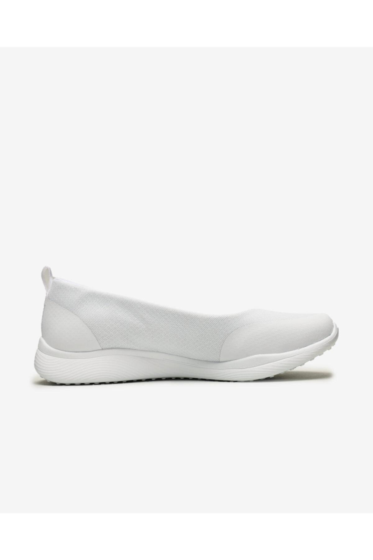 SKECHERS MICROBURST 2.0 Kadın Beyaz Günlük Ayakkabı 104081 WHT 1
