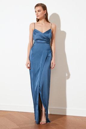 TRENDYOLMİLLA Indigo Yaka Detaylı Saten Abiye Elbise TPRSS21AE0065
