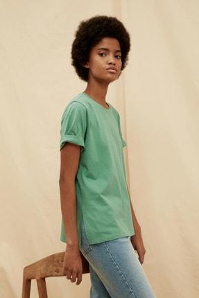 TRENDYOLMİLLA Yeşil %100 Organik Pamuk Örme T-Shirt TWOSS21TS1437